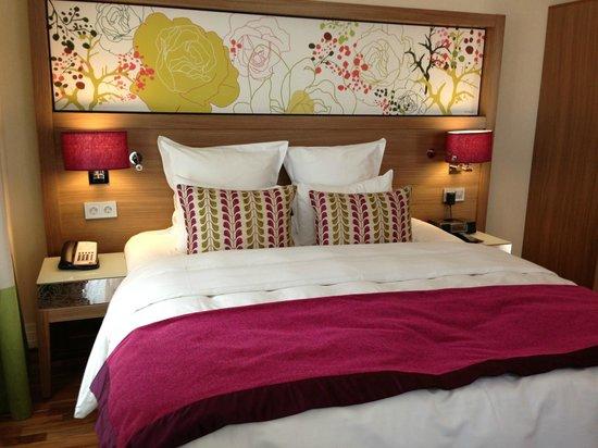 Renaissance Malmo Hotel: The bed