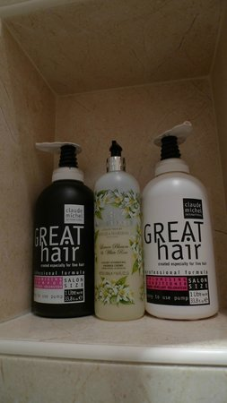 Sea Breeze Brighton: Fantastic taste in shampoo/conditioner