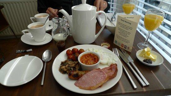 Sea Breeze Brighton: Best Breakfast!