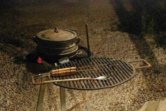 Carmey Avdat: Dinner is being cooked