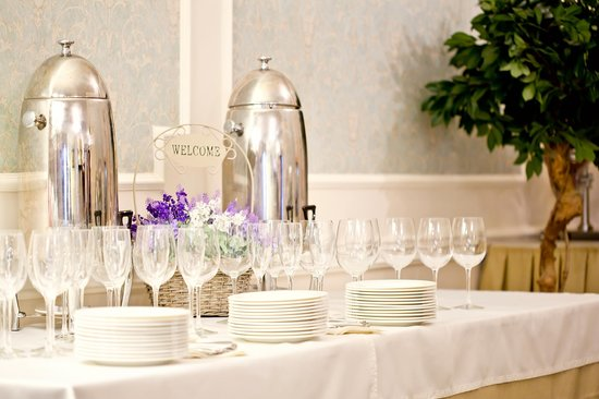 Royal Olympic Hotel: restaurant