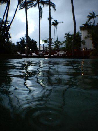 Rydges Esplanade Resort Cairns: Hotel pool