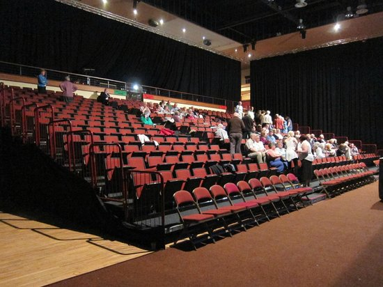 Celtic Steps The Show Killarney : looks empty but it was almost packed. This was taken during the intermission