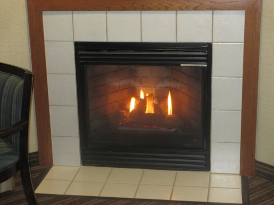 Comfort Inn Millersburg : FirePlace