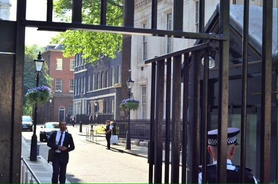 10 downing street picture of downing street london tripadvisor. Black Bedroom Furniture Sets. Home Design Ideas