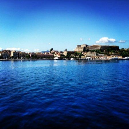 Krouzeri Beach Apartments: New Fortress