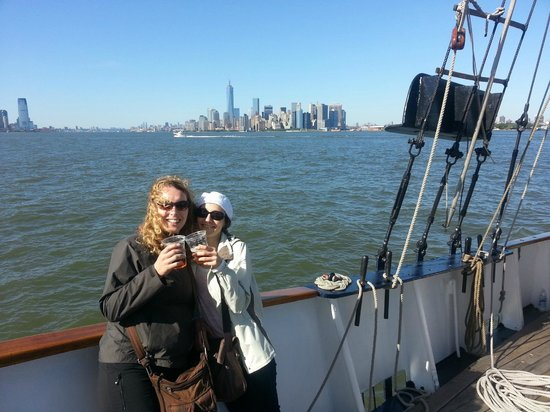 "Manhattan by Sail - Shearwater Classic Schooner : Segeln auf der ""Clipper City"""