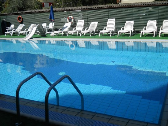 Hotel Boston : piscina