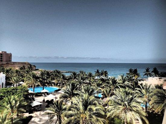 Shangri La Barr Al Jissah Resort & Spa-Al Bandar: View from our room