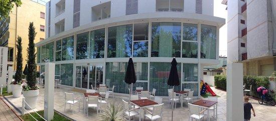 Hoteleingang Foto Di Color Mokambo Shore Design Hotel