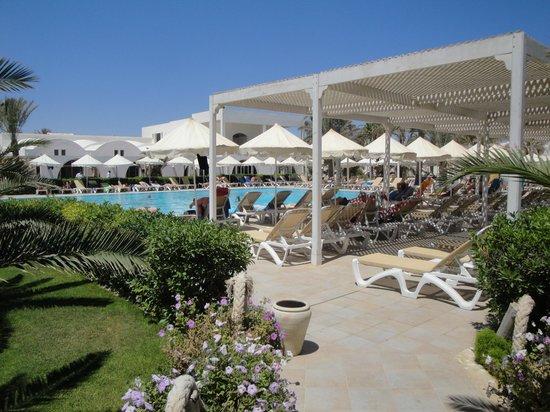Hotel Meninx: piscine