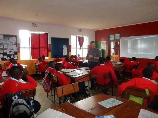 Safaris-R-Us: Orkeeswa Secondary School in Monduli