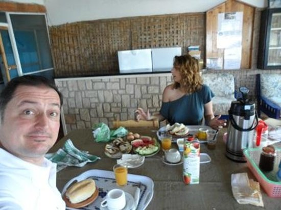 Residencial A Paz B&B: At breakfast