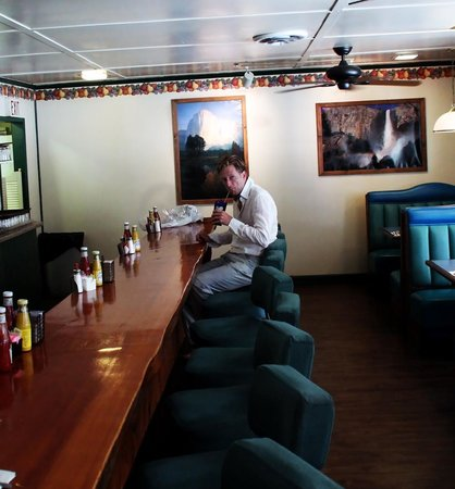 Buck Meadows Restaurant and Bar : buck meadows early