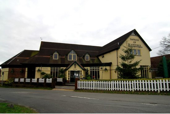 Restaurants Near Bramshaw