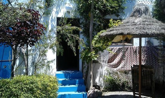 Mehdia Surf Camp Morocco : Our room/hut (contains double bed and two single beds plus en suite bathroom with shower)