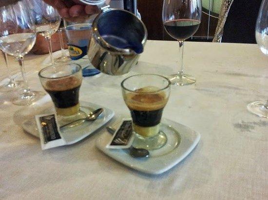 El Vinagrero: Delicioso café asiático minero