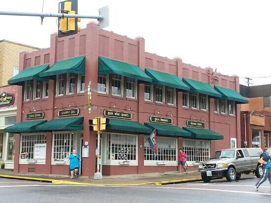 Artisan's Grill: Artisan Grille in Luray, VA