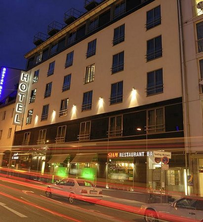 Ambiance Rivoli Hotel Munich Reviews