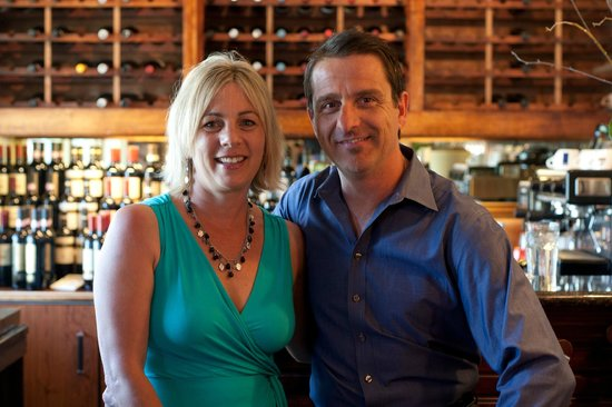 Gianni's Italian Bistro: Gianni and Melanie