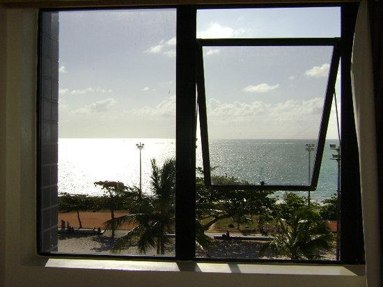 Ibis Maceió Pajuçara: Outra linda vista da janela quarto 402