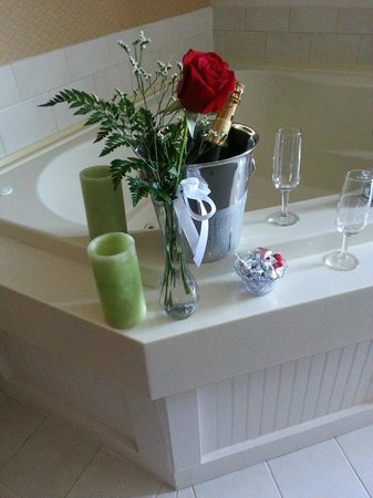 Bayside Resort Hotel: Romance