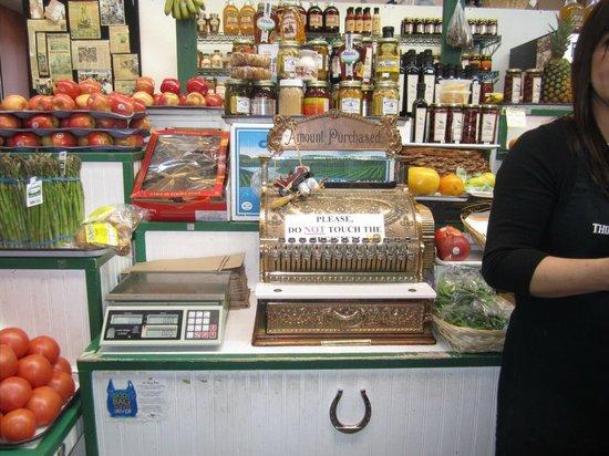 Eastern Market : Old cash register