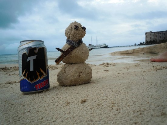 The Royal Cancun All Suites Resort: sandman likes his beer