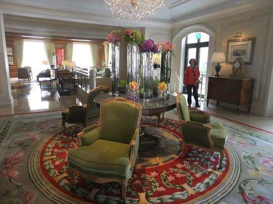 Four Seasons Hotel Prague: lobby