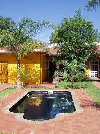 Casa Piccolo: Our relaxing garden area