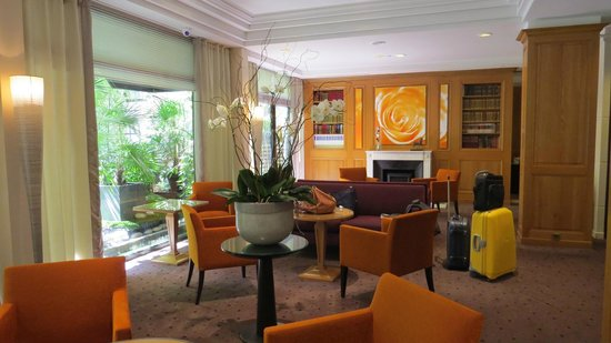 Garden Elysee Hotel: Reception area