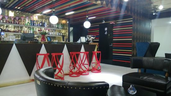 Scandic Paasi: Lobby Bar