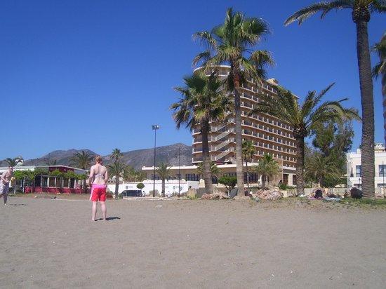 Marconfort Beach Club Hotel: hotel from the beach