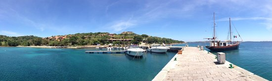 Hotel Capo D'Orso Thalasso & Spa: Hotel from the port
