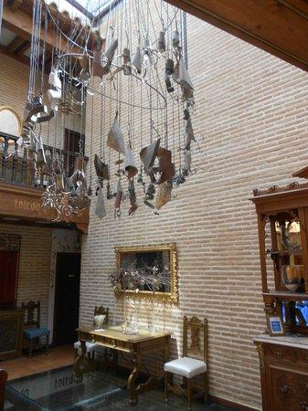 El Hostal Puerta Bisagra : Hotel lobby