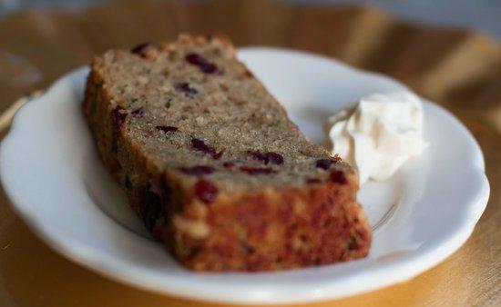 Buttonwood Inn on Mount Surprise: breakfast