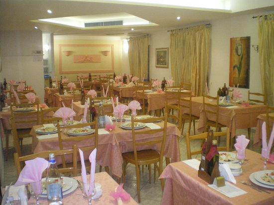 Hotel Vienna: sala da pranzo