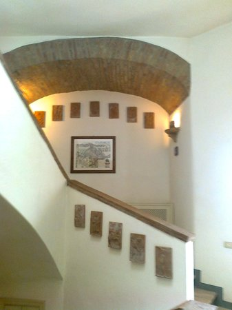 Scale Interne Di Design.Scale Interne Picture Of Il Castello Di Rosceto Todi