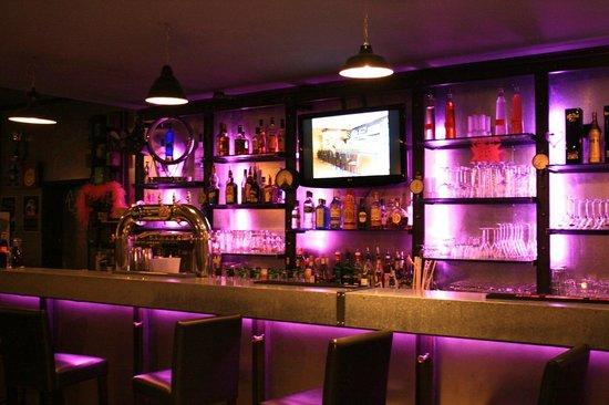 Chateauroux, France: NPA le Bar