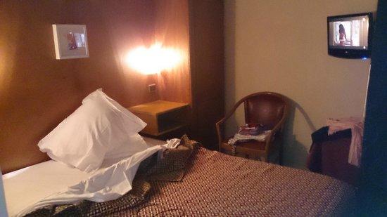 Hotel Bordeaux: chambre