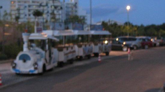 Alvor Baia Resort Hotel: Hotel Train to Beach