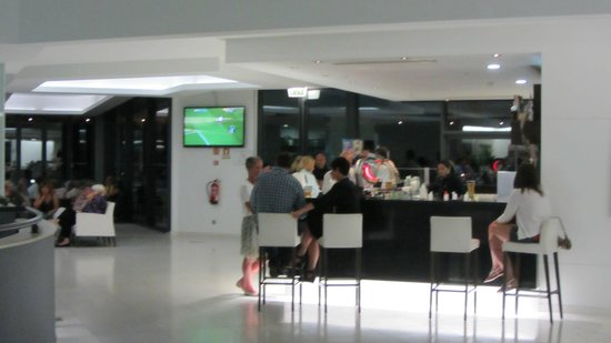 Alvor Baia Resort Hotel: Hotel Bar