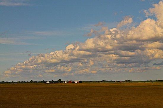 California Zephyr : Beautiful farmland and sky