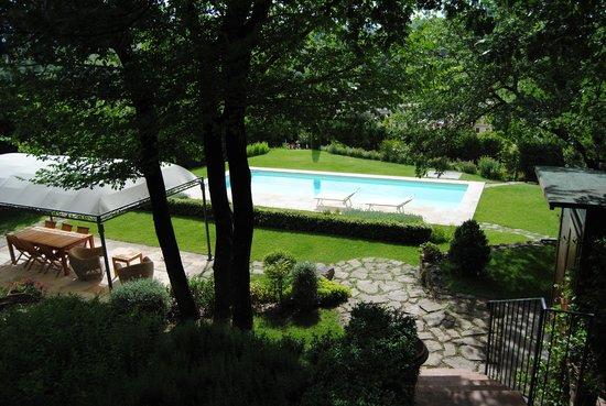 Le Lame Bed & Breakfast: pool area