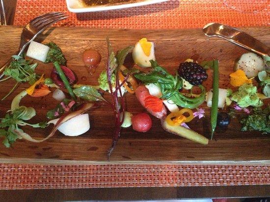 Veladora: Market Vegetable Salad