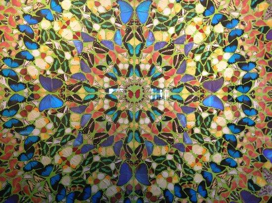 Veladora: Damien Hirst Butterflies art piece