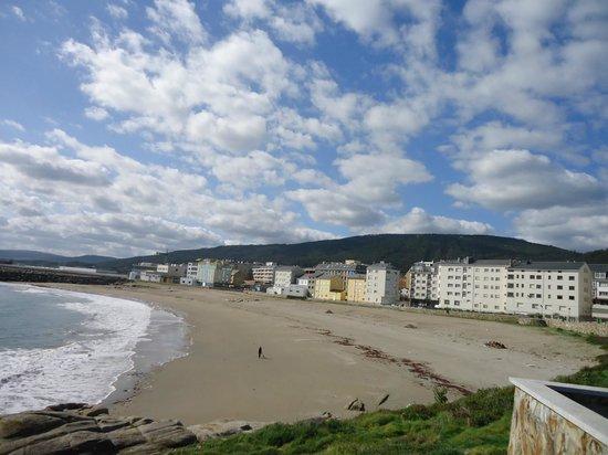 Hotel Palacio de Cristal: Playa en casco urbano Burela
