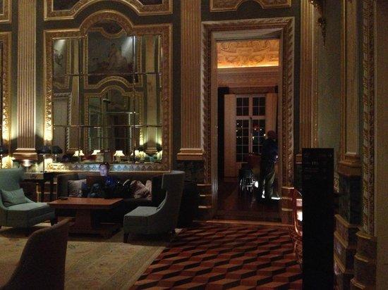 Pestana Palacio do Freixo: Área comum do hotel