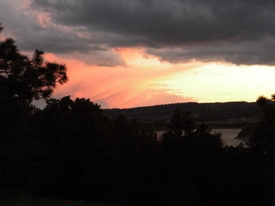 Angostura Recreation Area: Sunset at the lake