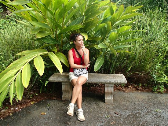 Bon Kula Botanical Garden: Just Posing :) Having Fun Lol